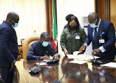 Delta Speaker, Oborevwori Presents Five Bills To Governor Okowa For Assent